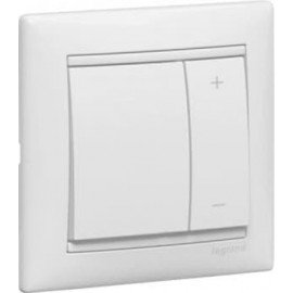 770062 Кнопочный Светорегулятор Белый Legrand Valena 400W